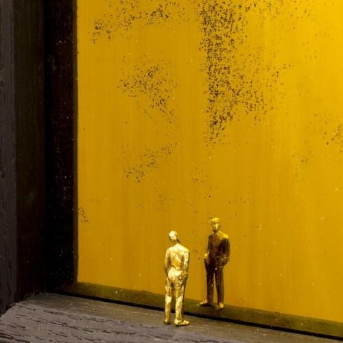 (2500€) Narcissus and Goldmund (Detail), 24k golded bronze, oak & mirror, 3.5x19x29, 2014